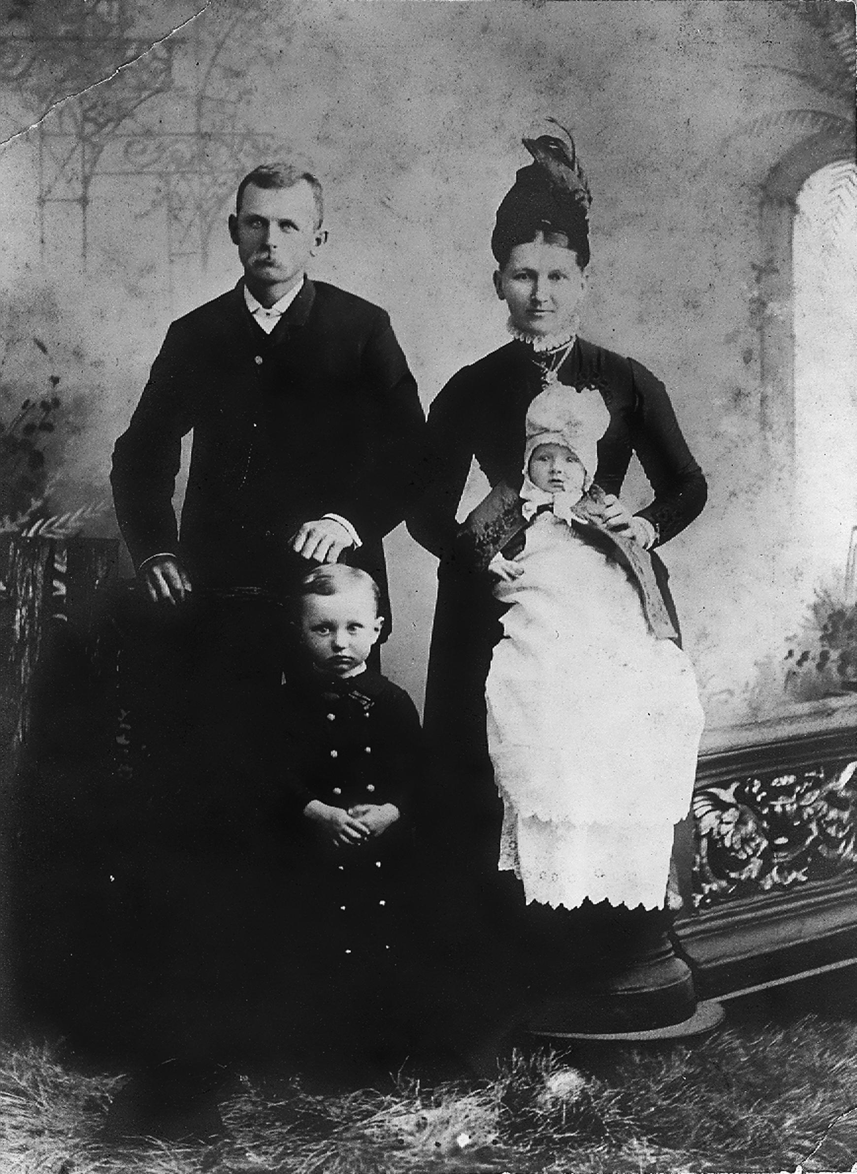Dale Carnegie family portrait