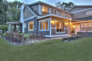 Introduction to Prefab Housing: Modular vs Manufactured Homes