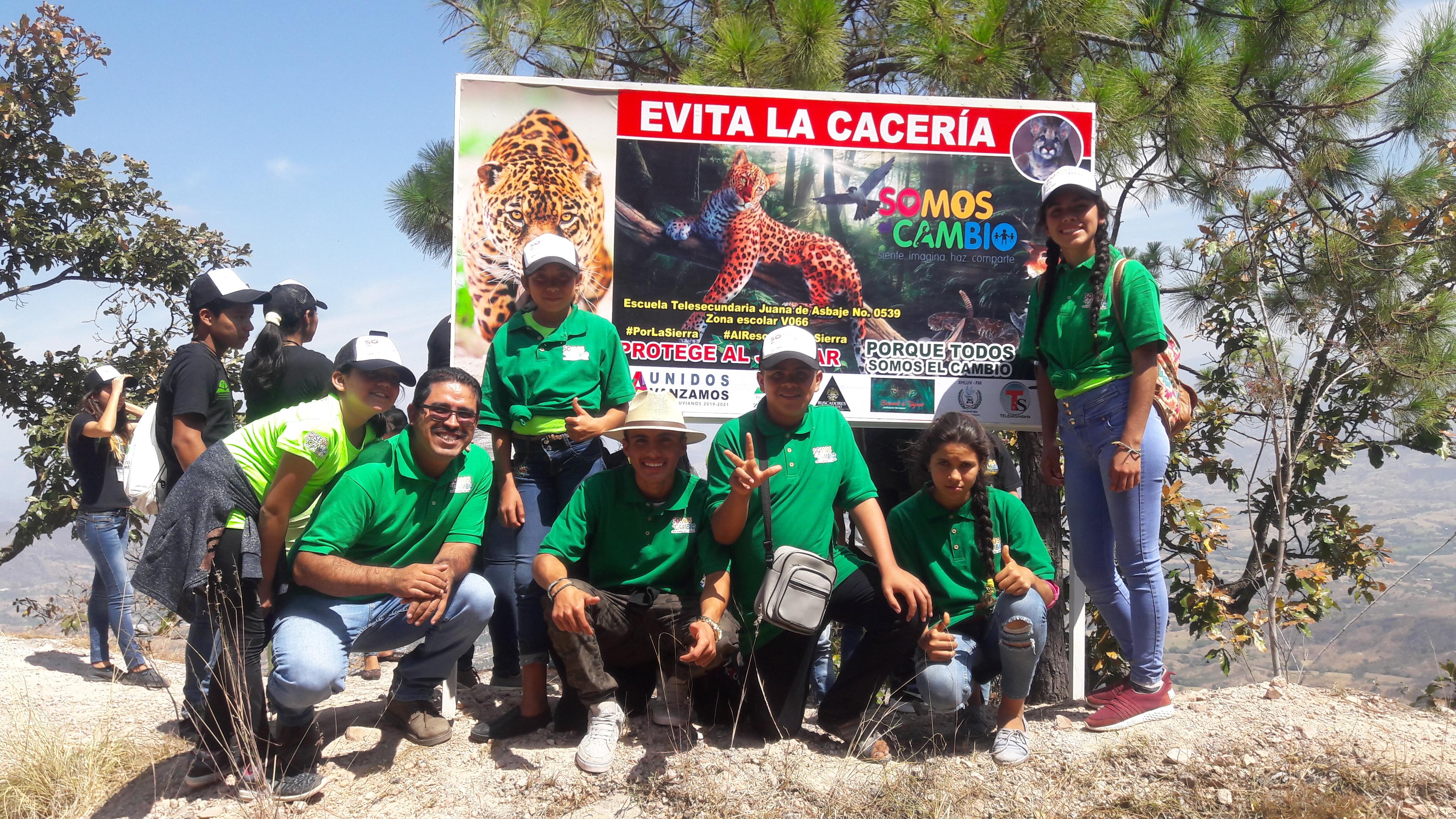 Fotografía del equipo ganador con el proyecto: Al rescate de la sierra