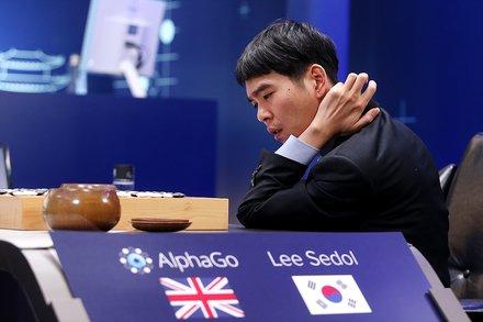 AlphaGo 棋局 - 简体中文