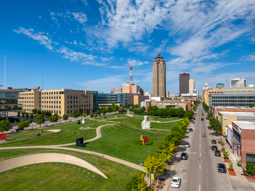 photo of downtown Des Moines
