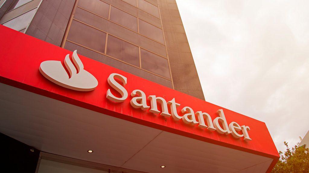Banco indenizará cliente que teve conta invadida por vírus - Dennis Lucena
