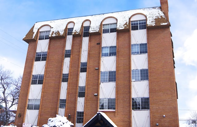 10 S Pennsylvania St Apartment Denver