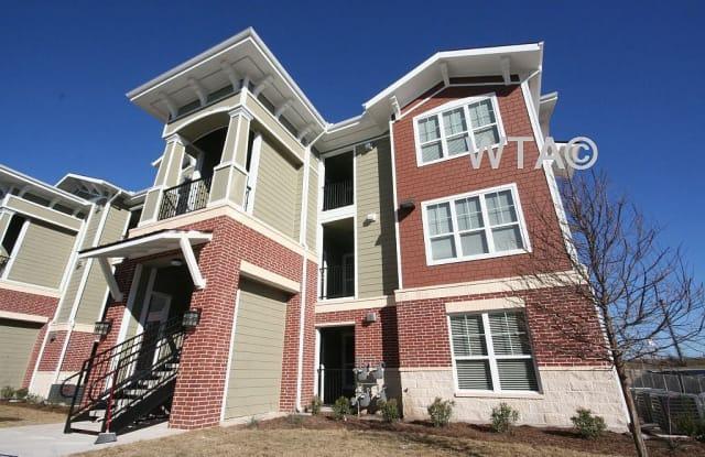 12612 N. LAMAR BLVD Apartment Austin