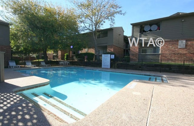 1400 E RUNDBERG LN Apartment Austin