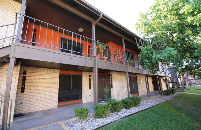 2001 S. IH 35 Apartment Austin