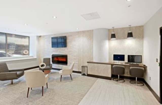 222 Saratoga Apartment Baltimore