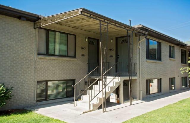 24 PLACE Apartment Denver