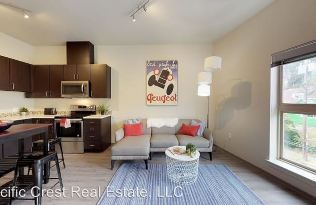 2400 Boston Apartment Seattle