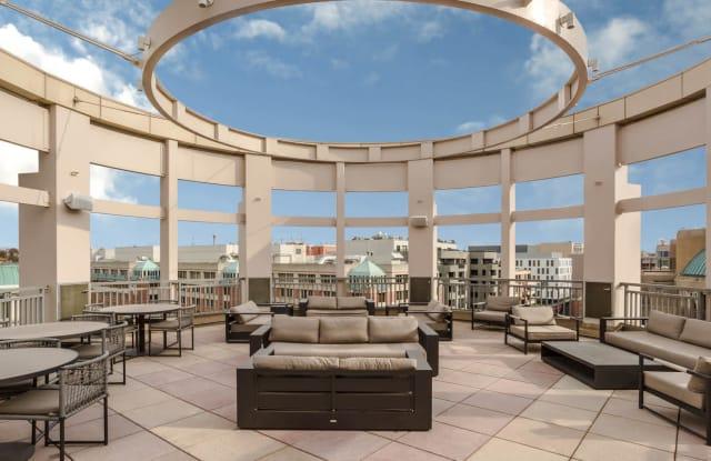 2400 M Apartment Washington