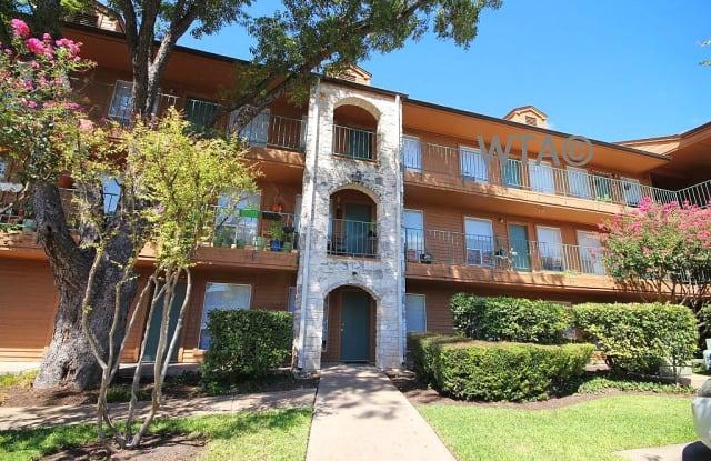 2408 Manor Road Apartment Austin