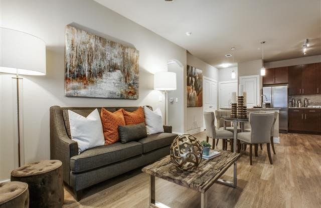 33 Hundred Apartment Austin