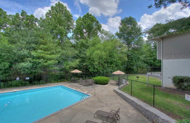 380 Harding Apartment Nashville