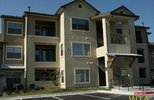 420 W. SLAUGHTER LN. Apartment Austin