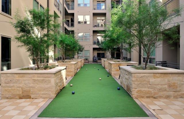 422 At The Lake Apartment Austin