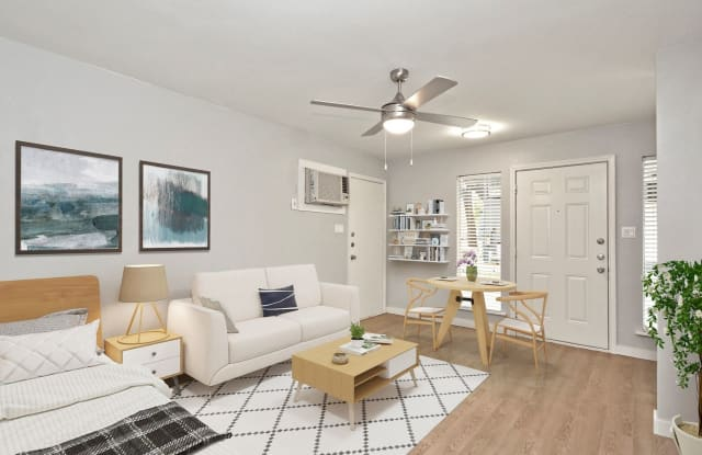 45 Flats Apartment Austin