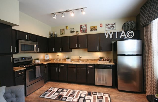 501 E. OLTORF Apartment Austin