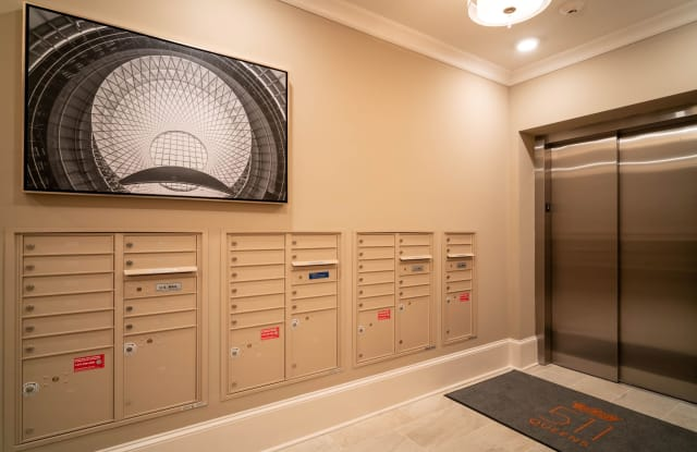 511 Queens Apartment Charlotte