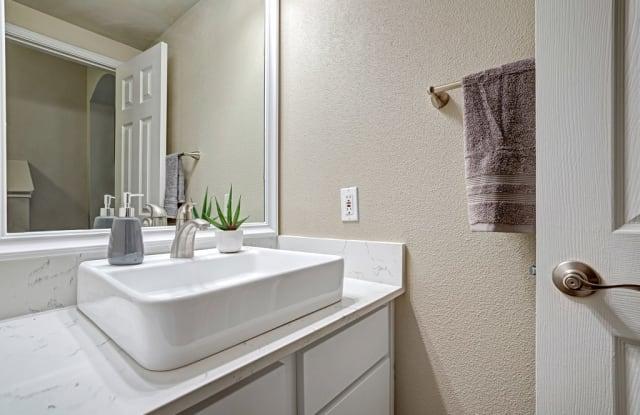 620 Canyon Creek Apartment Austin