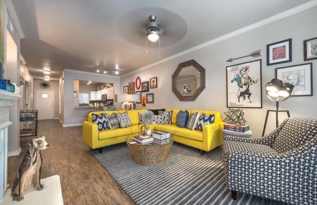 75 West Apartment Dallas