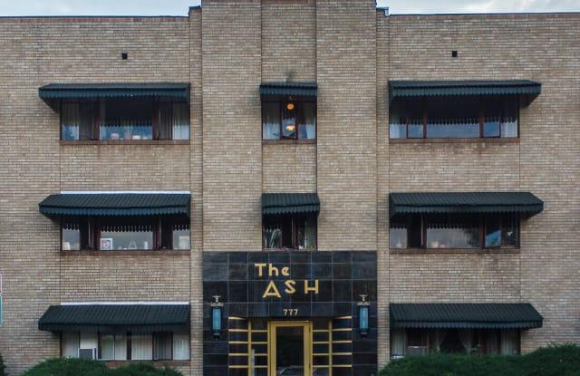 777 Ash Apartment Denver
