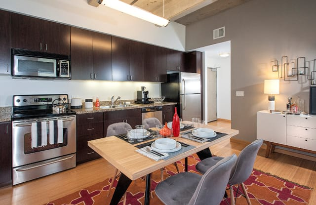 800 J Lofts Apartment Sacramento