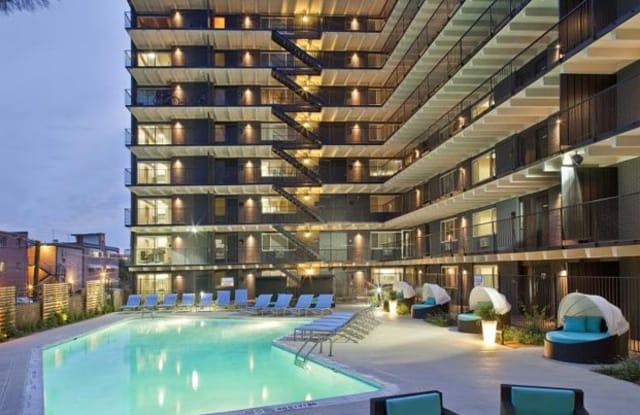 825 Dahlia Apartment Denver