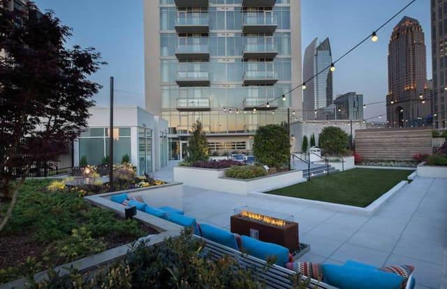 AMLI Arts Center Apartment Atlanta
