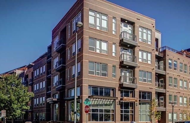 AMLI Riverfront Park Apartment Denver