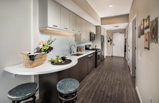 AV8 Apartment San Diego