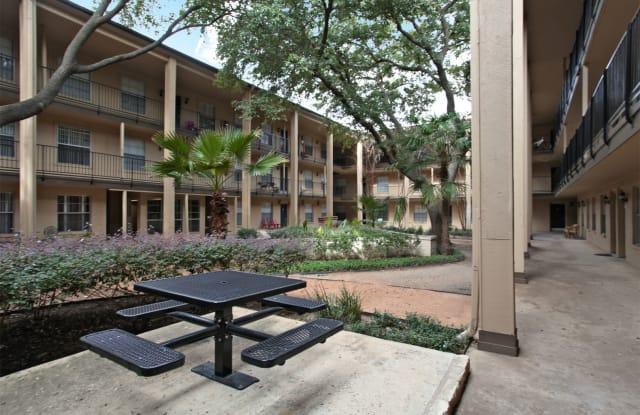 Acacia Cliffs Apartment Austin