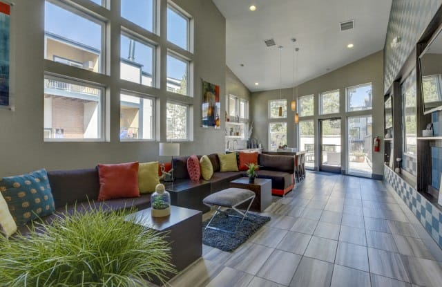 Advenir Bear Valley Apartment Denver