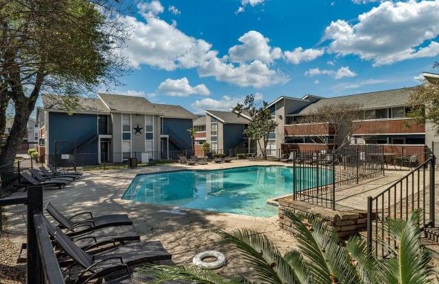 Alamo Oaks Apartment San Antonio