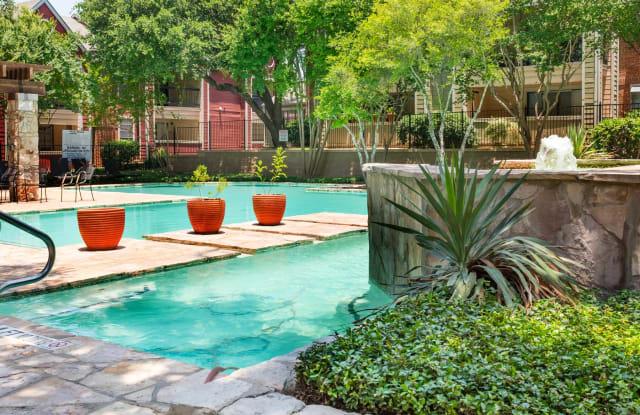 Alamo Park Apartment San Antonio