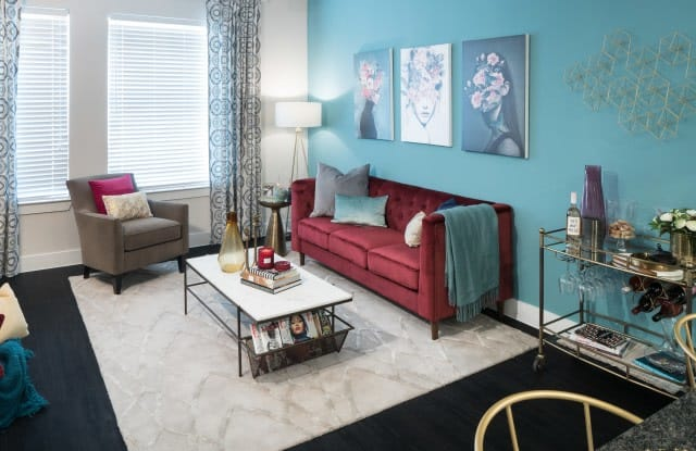 Alexan Ross Apartment Dallas