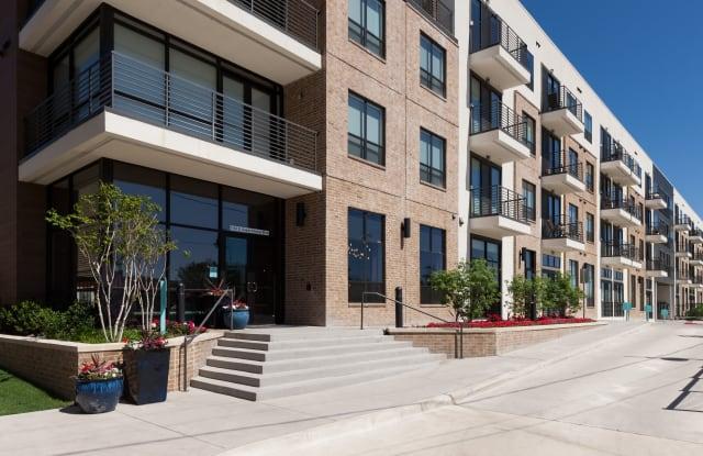 Alta Farmers Market Apartment Dallas