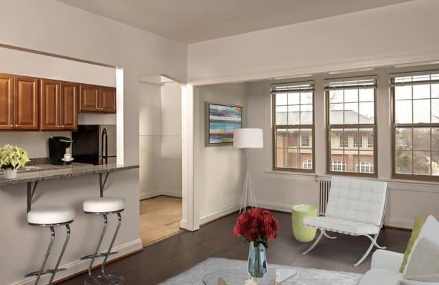 Alto Towers Apartment Washington