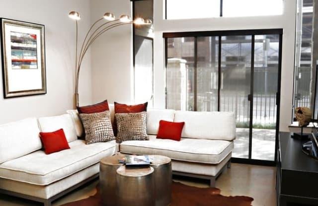 Ashton on West Dallas Apartment Houston