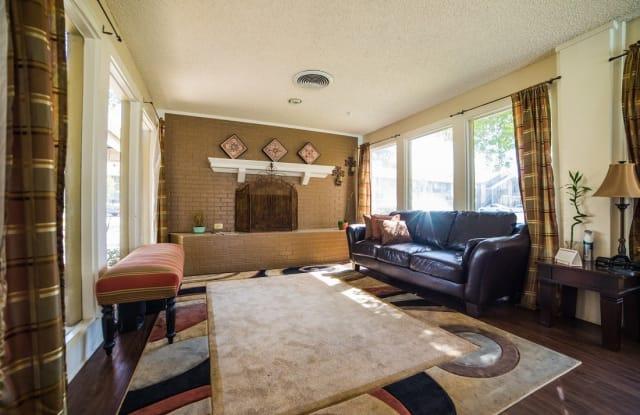 Aubry Hills Apartment Austin
