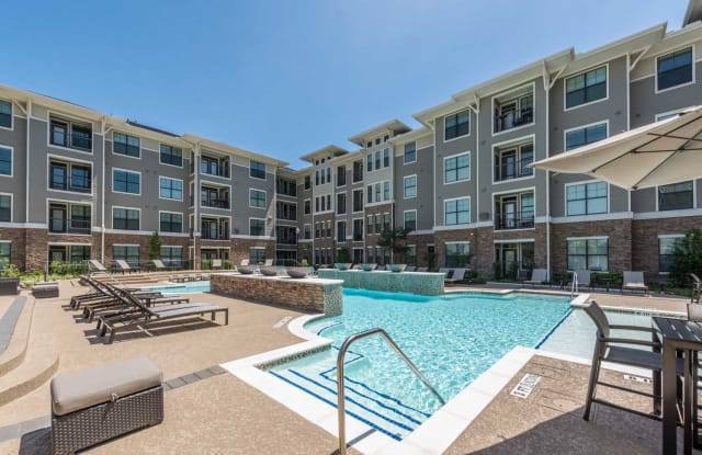Beacon at Buffalo Pointe Apartment Houston