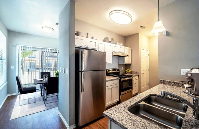 Beckley Townhomes Apartment Dallas