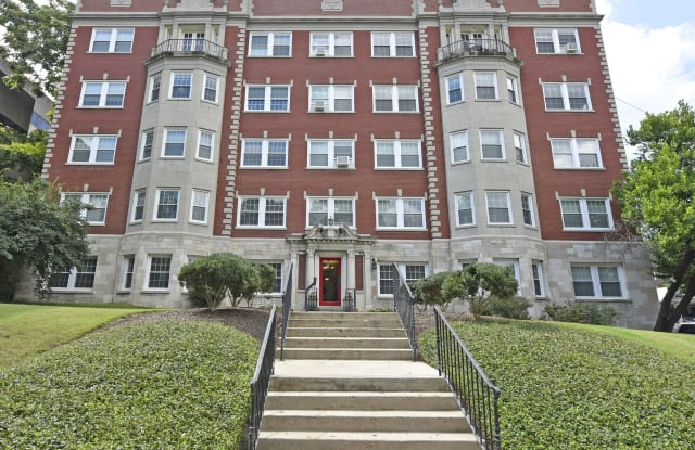 Blackstone / Fairmont Apartments Apartment Nashville