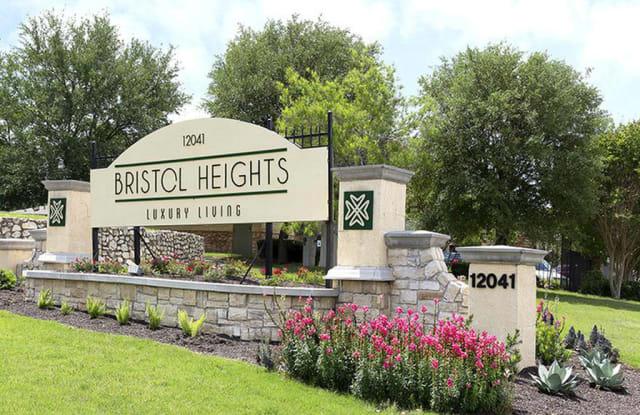 Bristol Heights Apartment Austin