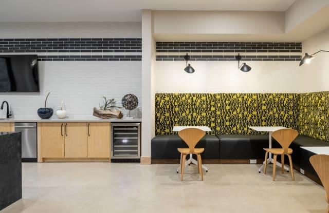 Broadstone Burnet Apartment Austin