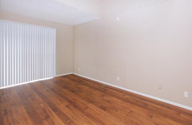 Brooks Townhomes Apartment San Antonio