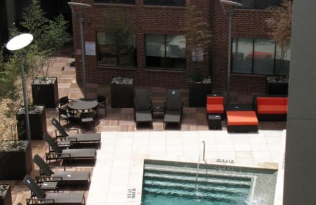 COLE Apartment Austin