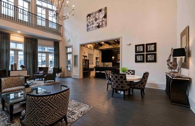 Calais Midtown Apartment Houston
