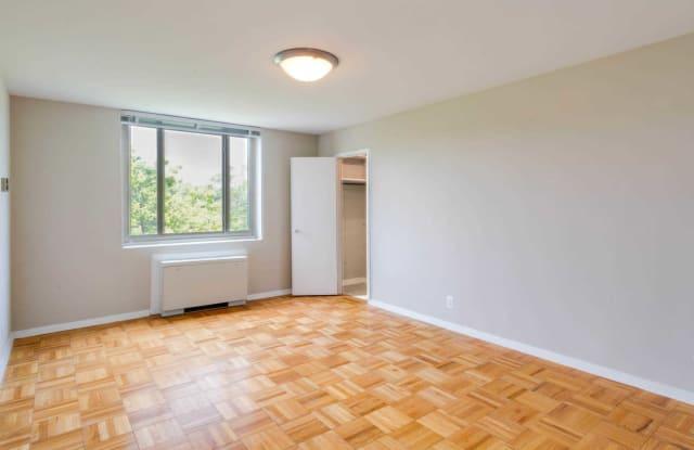 Calvert Woodley Apartment Washington