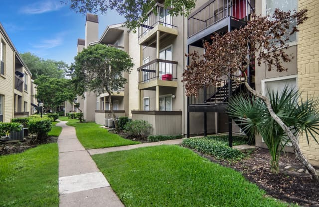 Cambridge Place Apartment Houston