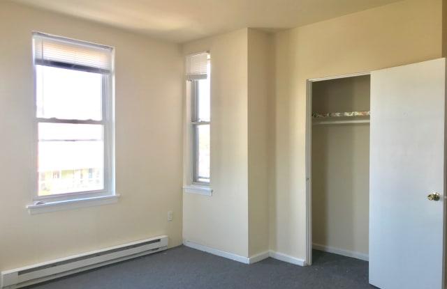 Carlton Arms Apartment Philadelphia